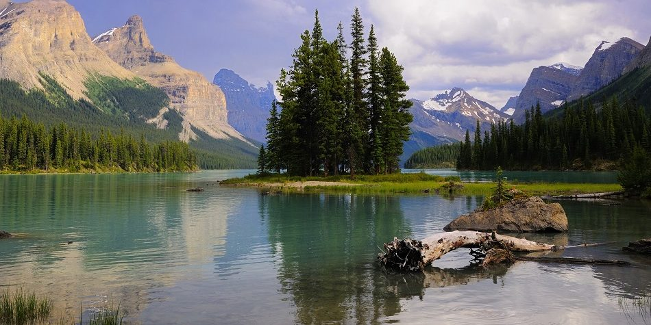 Spirit Island in Maligne Lake, Jasper Nationaal Park, Canada