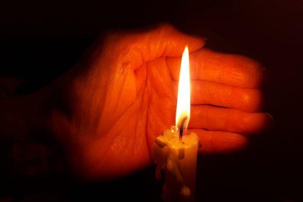 Overwinning van het Licht op het donker